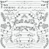 Elementi disegnati a mano di progettazione floreale, nastri, divisori illustrazione vettoriale