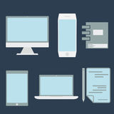 elementi e computer dell'ufficio progetti, compressa, computer portatile e sma Fotografie Stock