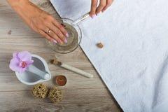 Elementi essenziali della stazione termale per un manicure Fotografia Stock