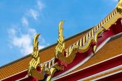 Elemento arquitectónico tailandés tradicional Fotos de archivo libres de regalías