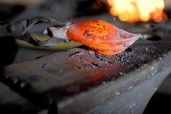 Elemento caldo sull'incudine Fotografie Stock
