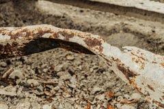 Elemento danificado defeituoso da construção de aço corrosão fotos de stock