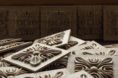 Elemento decorativo scolpito di legno per mobilia Immagini Stock Libere da Diritti