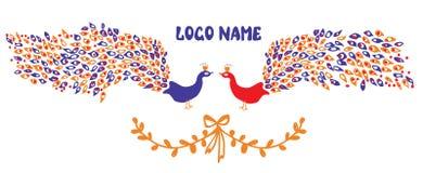 Elemento del logotipo o de identidad con pares del pavo real Imagenes de archivo