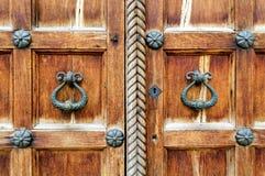 Elementos arquitectónicos de las puertas del St Sophia Cathedral en Veliky Novgorod Fotografía de archivo libre de regalías