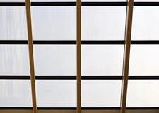 Elementos da arquitetura moderna de vidro, de aço e de concreto Vista das construções fotografia de stock