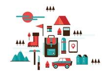 Elementos de acampamento de caminhada e de escalada da montanha do curso da recreação do esporte do projeto Imagem de Stock