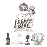 Elementos de la cerveza del arte del garabato Cervecero con el vidrio de cerveza Ejemplo dibujado mano del vector aislado en blan Foto de archivo libre de regalías
