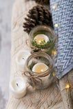 Elementos de la decoración interior de la Navidad del vintage Foto de archivo
