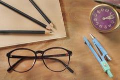 Elementos de trabalho retros conceito e ideia do projeto Fotos de Stock Royalty Free