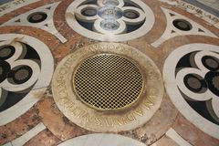 Elementos decorativos del piso en Florence Cathedral, Imagen de archivo libre de regalías