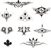 Elementos decorativos florais simétricos Foto de Stock Royalty Free