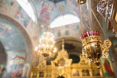 Elementos del diseño interior de la iglesia cristiana Fotos de archivo