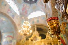 Elementos del diseño interior de la iglesia cristiana incienso Fotografía de archivo