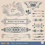 Elementos del diseño y decoración caligráficos de la paginación Fotos de archivo