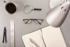 Elementos del escritorio Foto de archivo libre de regalías