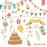 Elementos dibujados mano del diseño del cumpleaños del vintage, flores y elementos florales Imagen de archivo libre de regalías
