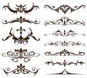 Elementos do projeto do art deco de cantos dos ornamento e das beiras do vintage dos elementos simples isolados quadro dos flouri Imagens de Stock