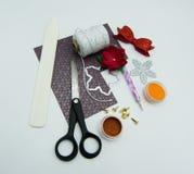 Elementos e ferramentas de Scrapbooking fotografia de stock