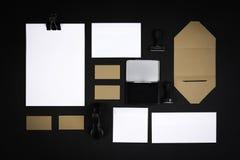 Elementos en blanco del negocio para ejecutar su diseño Fotos de archivo libres de regalías