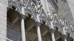 Elementos externos da catedral Fotos de Stock