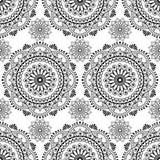 Elementos florais do laço do mehndi sem emenda da mandala do teste padrão da hena de artigos da decoração do buta no fundo branco Imagens de Stock Royalty Free
