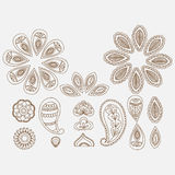 Elementos florales del diseño del garabato del tatuaje de la alheña, línea india mehndi del arte en el fondo blanco ilustración del vector