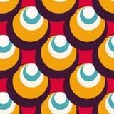 Elementos geométricos delicados em um teste padrão sem emenda do fundo vermelho Foto de Stock Royalty Free