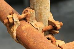Elementos oxidados del andamio del metal Fotografía de archivo