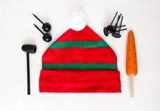 Elementos para jugar con los niños para crear el muñeco de nieve Imagen de archivo libre de regalías