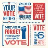Elementos patrióticos e mensagens inspiradores para incentivar a votação ilustração royalty free