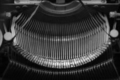 Elementos pequenos diferentes do metal de uma máquina de escrever velha Fotos de Stock Royalty Free