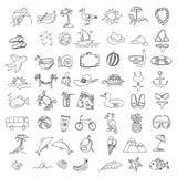 Elementos viaje y día de fiesta de los garabatos del sistema Iconos del drenaje de la mano Foto de archivo libre de regalías