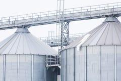 Elementos y textura de un silo del cereal Foto de archivo libre de regalías