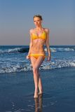 Elena na plaży zdjęcie stock