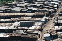 Elendsviertel in Nairobi Stockbild