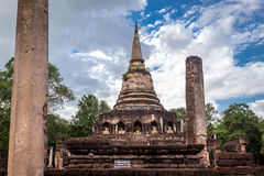 Elephant statue around pagoda at ancient temple  Wat Chang Lom at Srisatchanalai historical park, Sukhothai, thailand Stock Photo