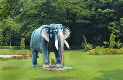 Elephant statue in greenfield Royalty Free Stock Images