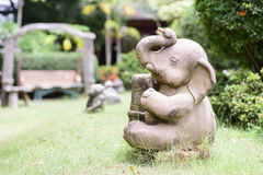 Elephant statue on the lawn Royalty Free Stock Photography