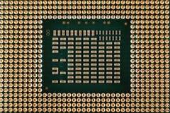 Eletrônica da geometria, close up da microplaqueta de processador do processador central, vista do lado inferior, conectores de p imagem de stock royalty free