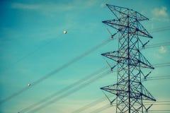 Elettricità e alta tensione Fotografie Stock Libere da Diritti