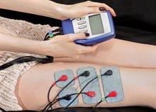 Elettro terapia di stimolazione Fotografie Stock Libere da Diritti