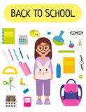 Elev på skolan, tillbaka till skolan, skolasaker som pennor, blyertspennor, förskriftsböcker, exponeringsglas, skolväskan och and Royaltyfri Foto