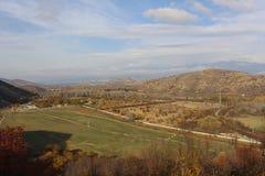 Elevação da montanha de Kozhu - Rupite, a natureza búlgara bonita Fotografia de Stock