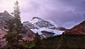 Elevação nas Montanhas Rochosas foto de stock royalty free