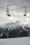 Elevación de esquí vacía Imagen de archivo libre de regalías