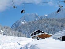 Elevador de esqui alpino fotografia de stock royalty free