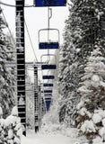 Elevador de esqui vazio Fotografia de Stock Royalty Free