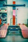Elevador do alinhamento de roda imagem de stock