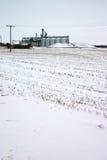 Elevador en campo de nieve Imagen de archivo libre de regalías